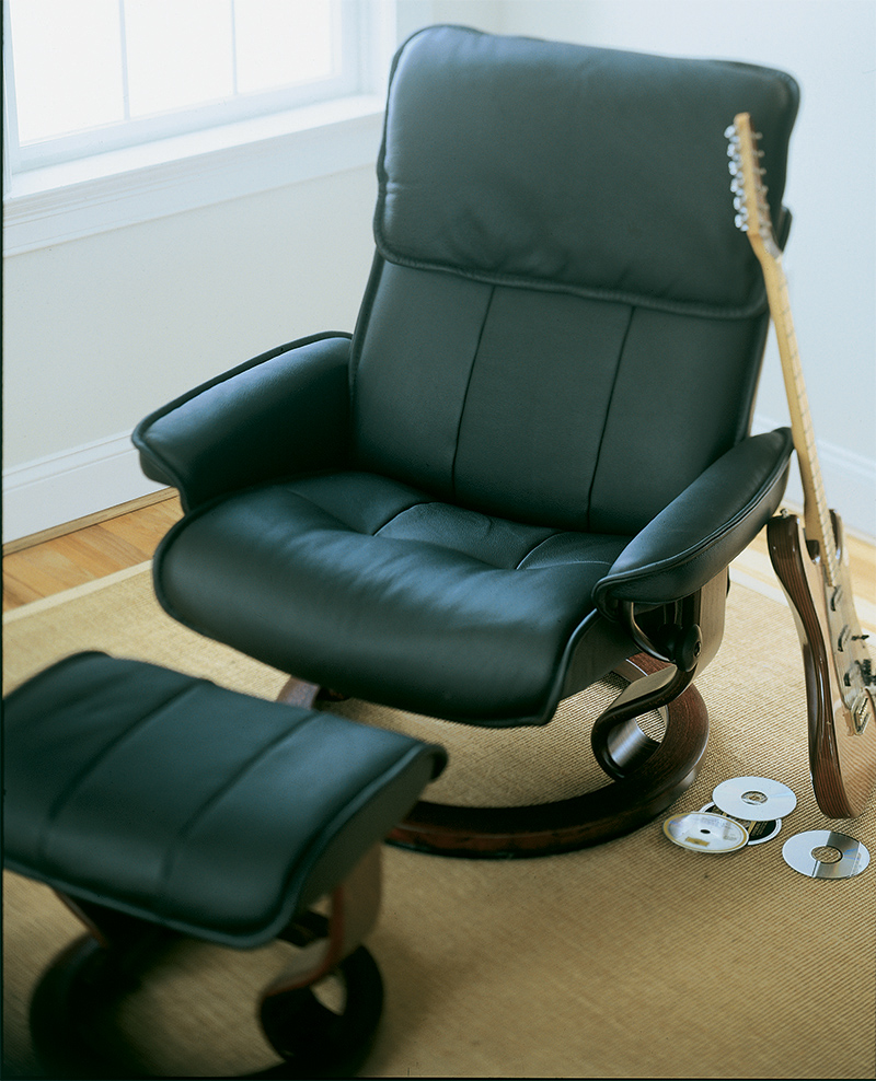 Stressless Admiral Paloma Black Leather Recliner Chair And