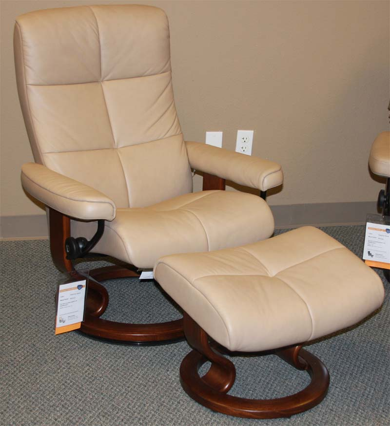 Stressless Paloma Sand Leather Color from Ekornes