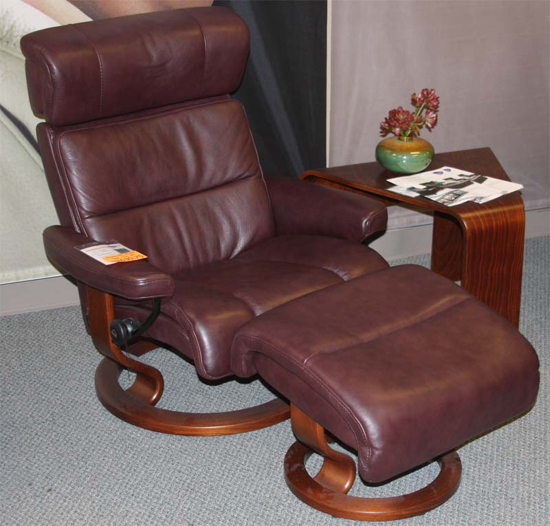 Stressless Savannah Amarone Royalin Leather Recliner Chair and Ottoman by Ekornes : stressless jazz recliner - islam-shia.org