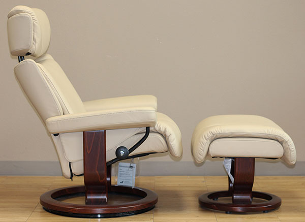 Stressless Magic Paloma Camel Leather Chair from Ekornes