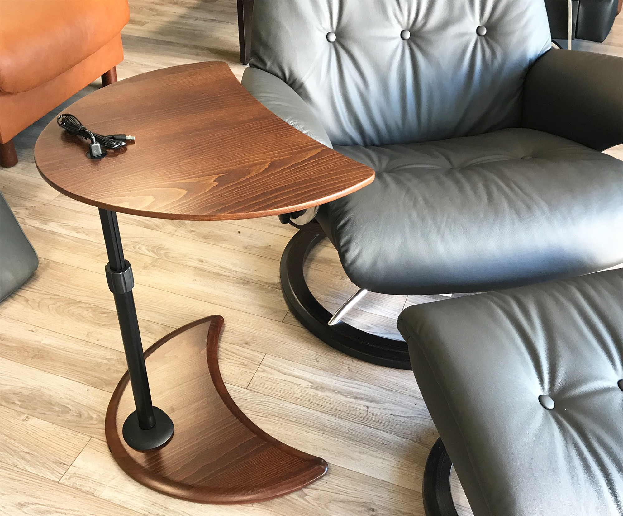 Stressless Alpha Wood Table With A Usb Port