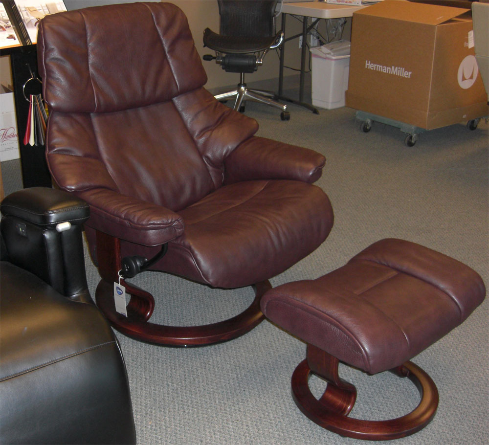 stressless vegas large recliner chair ergonomic lounger and ottoman