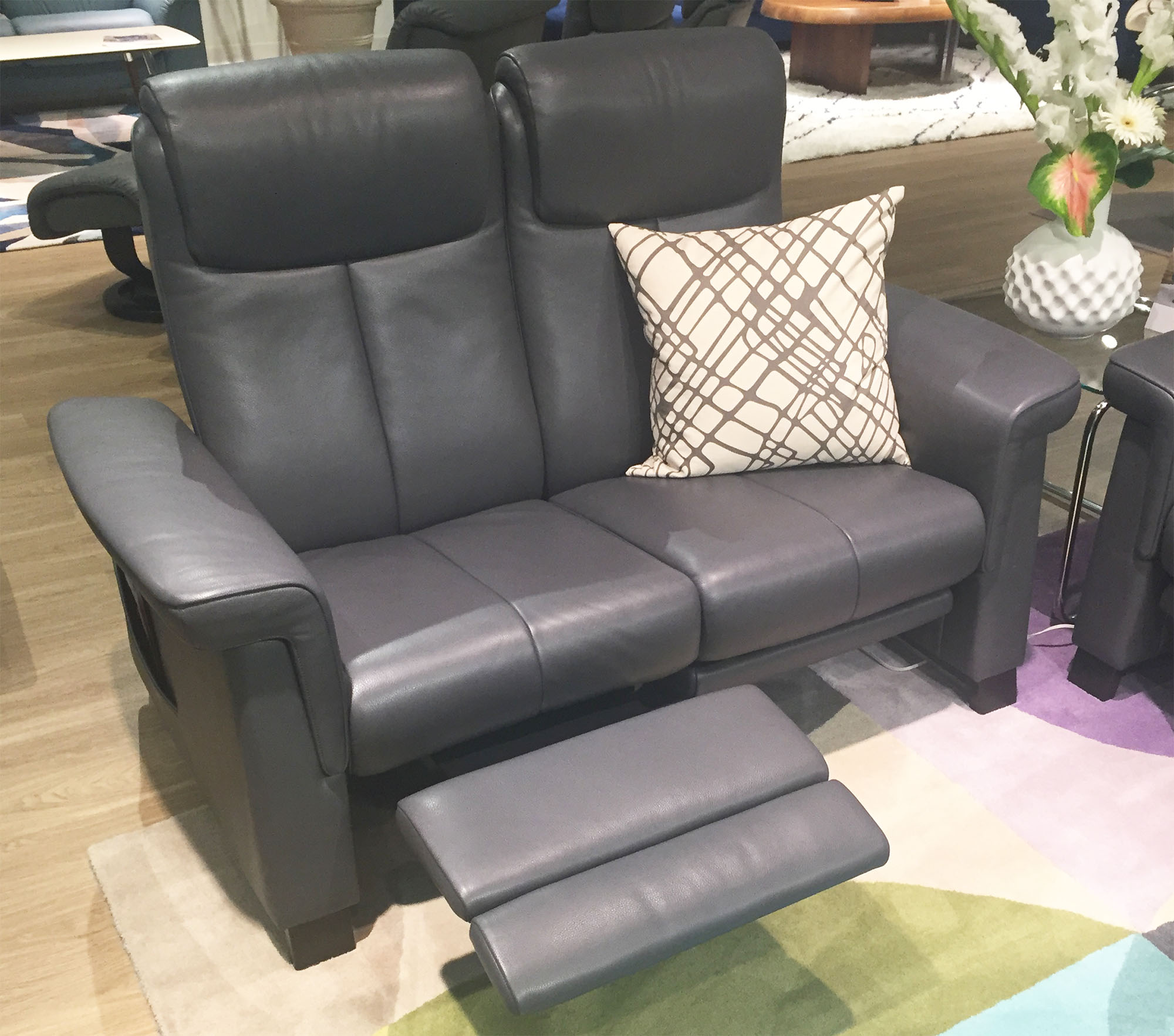Stressless LegComfort Recliner Chair and Ottoman Videos by Ekornes