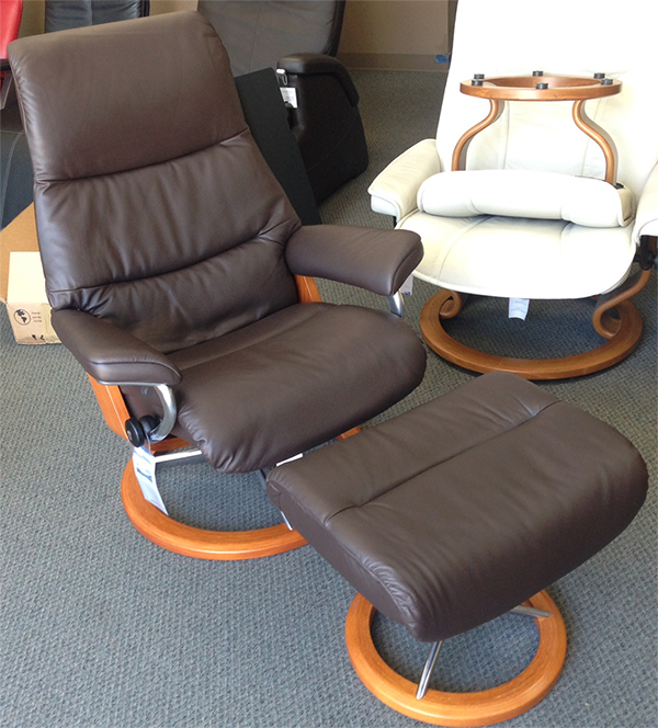Stressless View Chair Paloma Mocca Leather Recliner and Ottoman by Ekornes