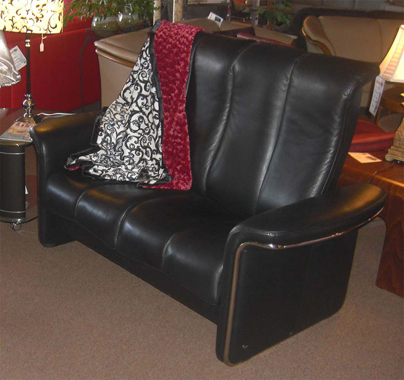 Stressless Soul Royalin Black Leather Sofa