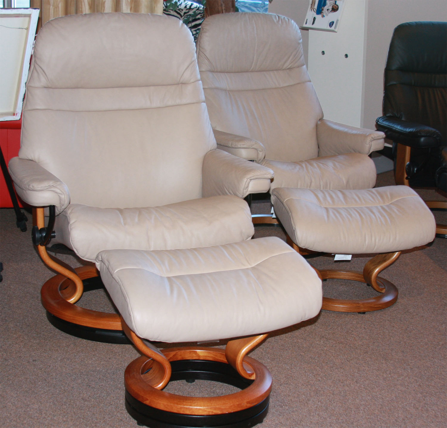 stressless sunrise recliners chairs by ekornes recliner. Black Bedroom Furniture Sets. Home Design Ideas