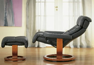Magnificent Stressless Memphis Leather Recliner Chair And Ottoman By Ekornes Andrewgaddart Wooden Chair Designs For Living Room Andrewgaddartcom